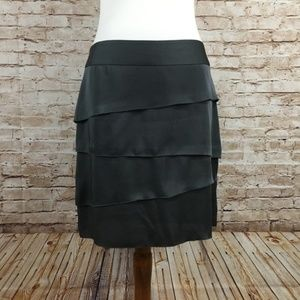 Banana Republic Gray Tiered Silk Skirt Size 8